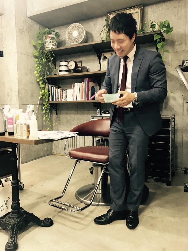 トリートメントの勉強会、毛髪科学 | ルルド ヘアデザインニュース newsトリートメントの勉強会、毛髪科学ルルドヘアデザインクイック予約店舗からのお知らせ美容に関する記事スタッフブログルルド ヘアデザイン千葉駅1分の美容室 ルルドヘアデザイン