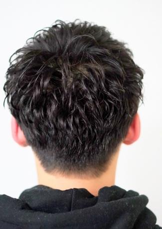 黒髪パーマスタイル - Lourdes