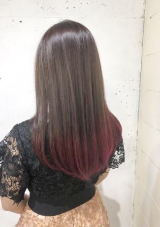 ロングの毛先カラー - Lourdes