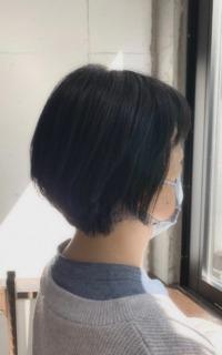 くせ毛でもまとまるショートヘア サロンギャラリー  ヘアカタログ