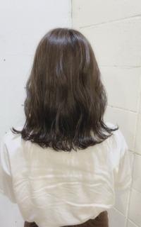 ミディアムヘア×透明感カラー サロンギャラリー  ヘアカタログ